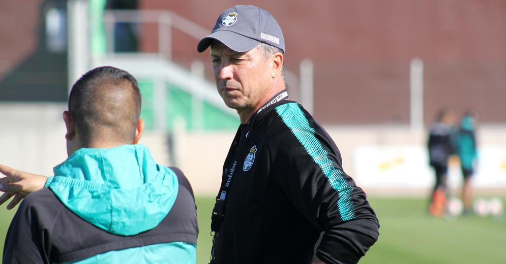 """""""Estamos con la mentalidad de salir a ganar el domingo"""": Siboldi"""