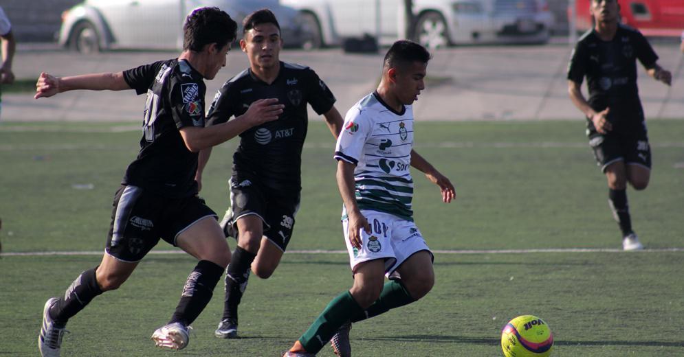 Guerreros y Rayados Sub 15 brindaron un duelo sumamente disputado